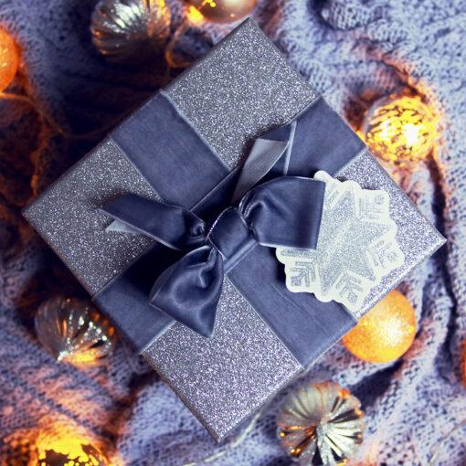 Zestaw prezentowy w srebrnym pudełku 4
